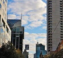 Streetscape in Melbourne by Les Pullen