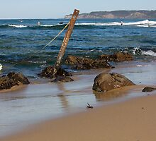 Rocky Shoreline - Australia by reflector