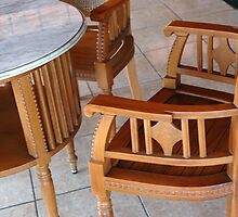 chair and table by bayu harsa