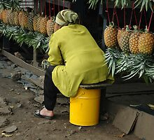 selling pineaple by bayu harsa