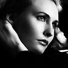 Nikol - Hollywood Style by antorib