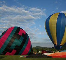Balloon, XLTA  Hadley, Massachusetts by Linda Jackson