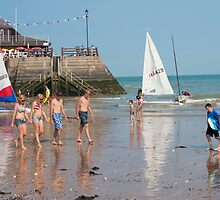 Beautiful Broadstairs Beach: Kent, UK. by DonDavisUK