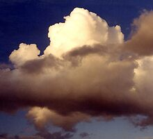 Clouds over the Gulf of Mexico..... by DaveHrusecky
