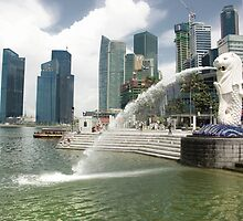 Merlion, Singapore by Charuhas  Images