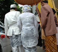 wedding couple by bayu harsa