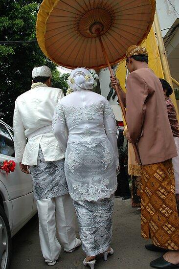 wedding couple by bayu harsa