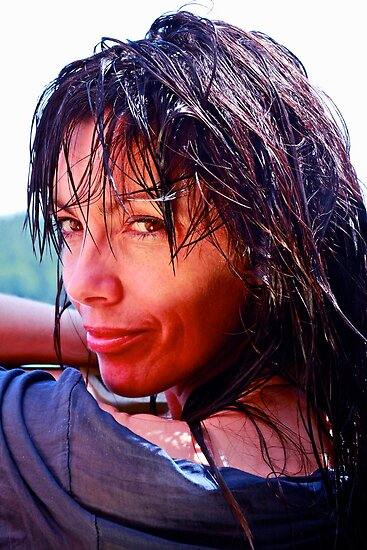 Wet  Pocahontas . by Brown Sugar . Merry Christmas Everyone  2010  ******* Views (1029) . Favs (7) Thanks so much !!! Ok !  eye-catcher!!! by © Andrzej Goszcz,M.D. Ph.D