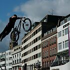 "BMX diving, beyond ""borders"" by Max Lanzaro (Art & Psyche)"