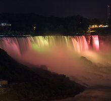July 4th, Niagara - 8 by James  Birkbeck