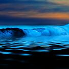 Esperance Wave by Sheldon Pettit