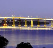 Tasman Bridge - Hobart by Anthony Davey