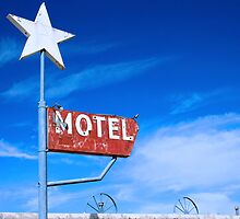 Old Motel by Lynne Prestebak