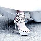 Die Schuhe Hoch by UnorthoGus