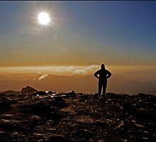Snowdon Summit Silhouette by ten2eight
