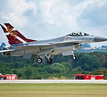 Danish Air Force F-16 on finals by Colin Hollywood Photography