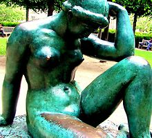 Statuary in the Tuilirie Gardens in Paris (France) by Rusty  Gladdish