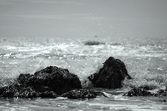 Rocks - Black and White - Hythe Seafront by Sunnymede
