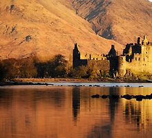 Castle Kilchurn, Scotland by Samantha  Nicol