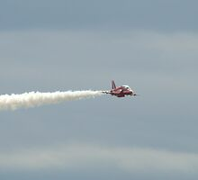 Red Arrows 6 by purpleminx