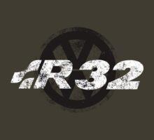 R32 by Justin Minns
