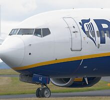 Ryanair Boeing 737-8AS by Mark Kopczewski