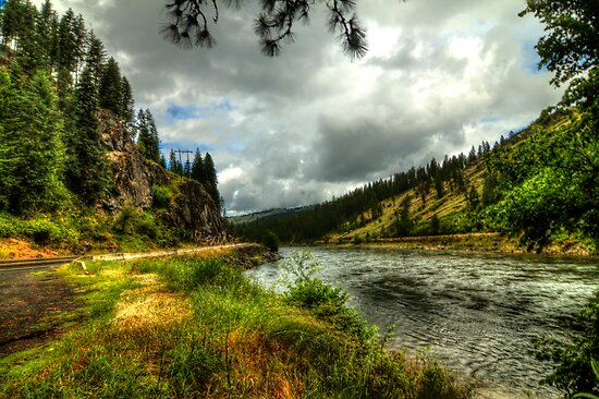 Salmon River (Idaho) by Terence Russell