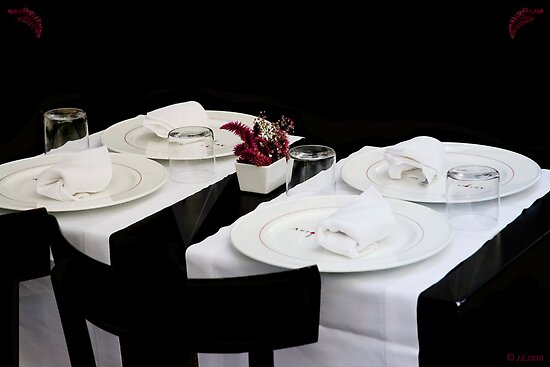 Black Dinner by imagic