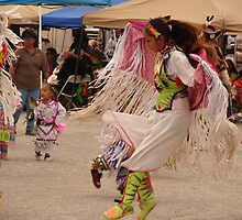 Paiute Pow Wow by MaureenS