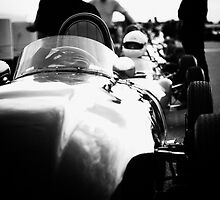 Racing Cars waiting 1 by dunxs