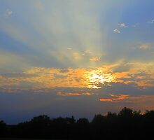 God's Rays Were Gorgeous Tonite ~ Aug. 3, 2010 by Debbie Robbins