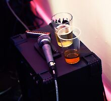 One bourbon, one blues, one beer by Luiz  Filipe