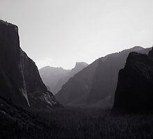 Yosemite Valley by Alex Preiss