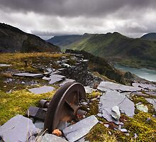 Llanberis Slate Mine by Douglas  Latham