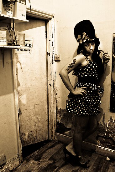 Andy Winehouse - The dressing room by Lydia Griffiths