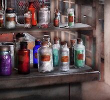 Chemistry - Ready to experiment  by Mike  Savad