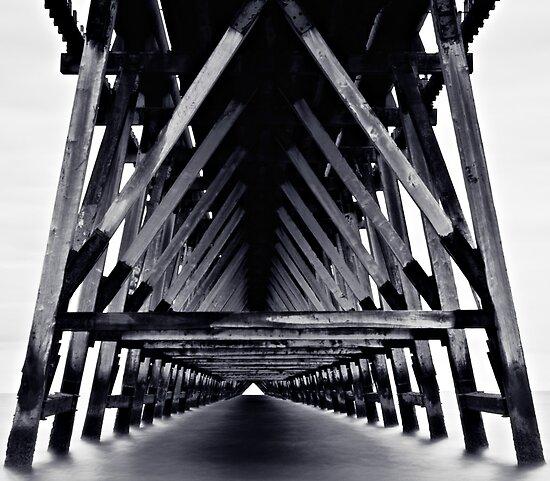 Under The Pier - Monotone by David Lewins