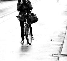 Helmet re-adjustment by Ell-on-Wheels