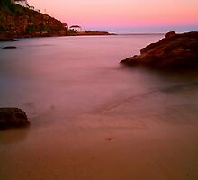 Dawn at Gordons Bay by donnnnnny