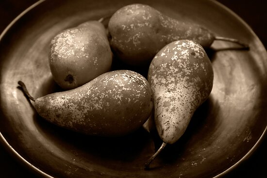 pears in a lacquered bowl by Dave Milnes