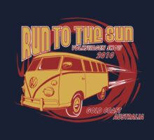 Volkswagen Tee Shirt - Run to the Sun 2010 - Splitty by KombiNation