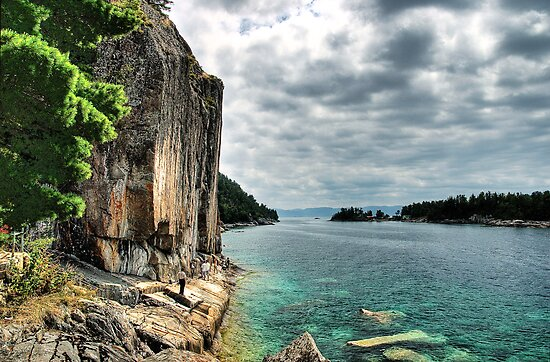 Agawa Rock, Lake Superior Provincial Park, Ontario Canada by Eros Fiacconi (Sooboy)