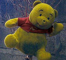 Winnie the Pooh by mrfriendly
