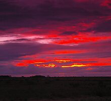 Nullarbor sunset, South Australia by BigAndRed