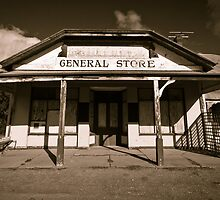 Hocking's General Store by Paul Thompson