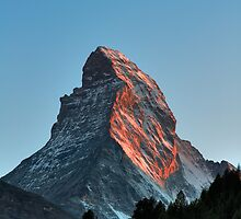 Matterhorn Sunset by Tomas Abreu