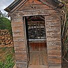 Twin Tub, Outhouse by bazcelt