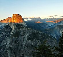 Sundown at Glacier Point by Clyde  Smith