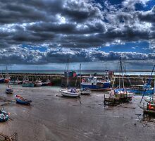 Bridlington Harbour at Low Tide by Steve Mears