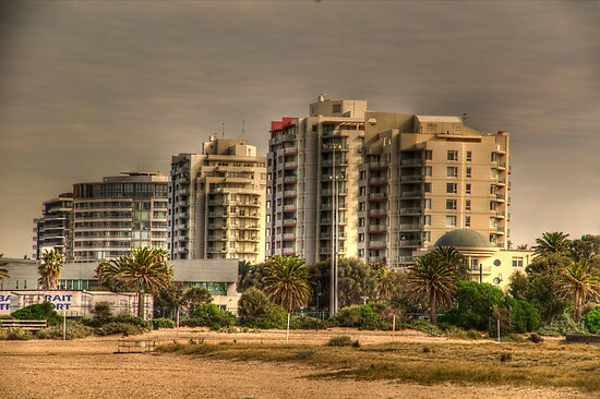 Port Melbourne by Gerard Rotse